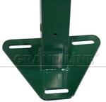 Столб с приваренным основанием треугольной формы